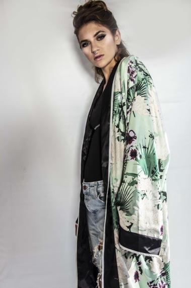 kimono-front